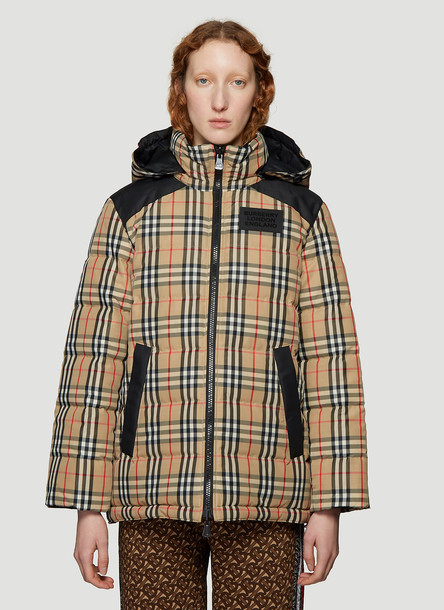 Burberry Reversible Puffer Jacket in Beige size M