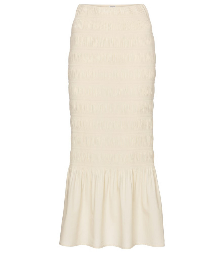 Toteme Exclusive to Mytheresa – Ardenza smocked midi skirt in beige