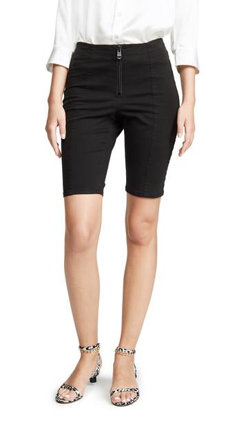 Cinq a Sept Tous Les Jours Alessa Shorts in black