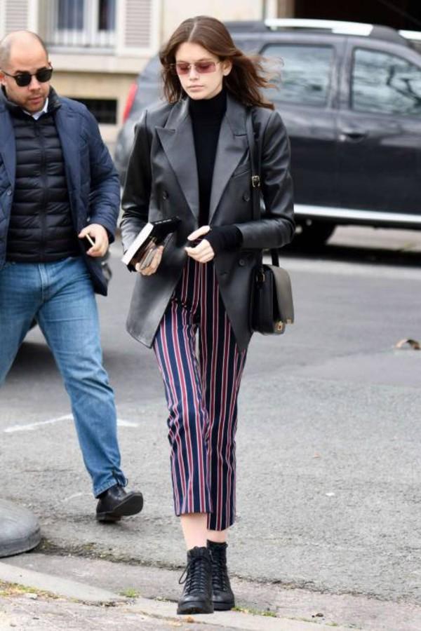 pants stripes striped pants celebrity model kaia gerber streetstyle fashion week