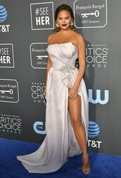 shoes,chrissy teigen,celebrity,red carpet dress,gown,prom dress