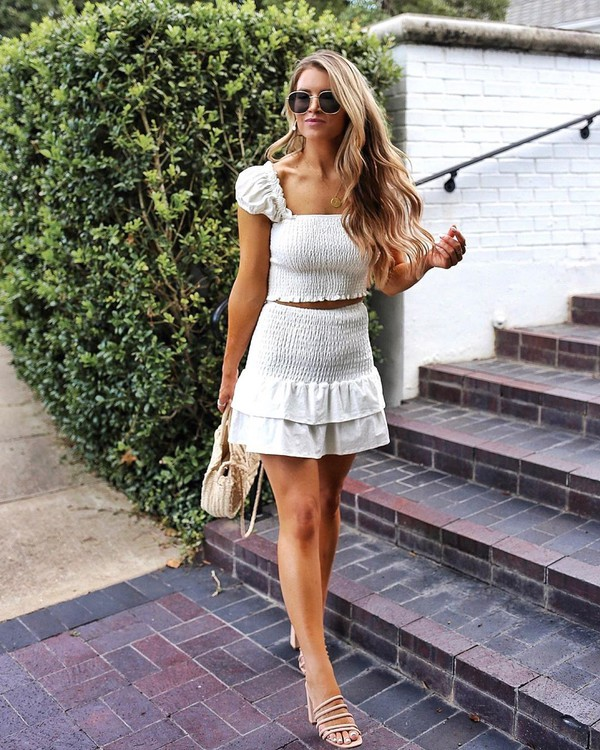 skirt white skirt mini skirt white top mini top sandals bag