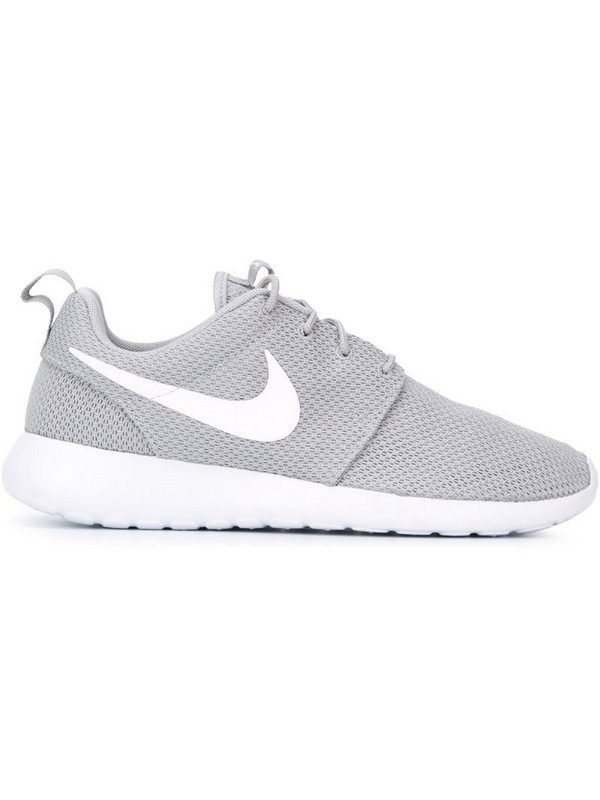 Nike Roshe Run sneakers in grey
