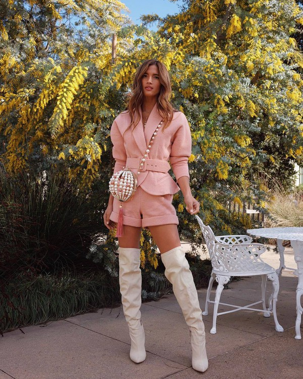 shorts neutral blush dusty pink rocky barnes instagram celebrity blogger blogger style blazer jacket pink jacket white boots heel boots over the knee boots crossbody bag