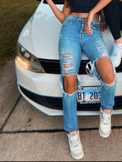 jeans,ripped mom jeans