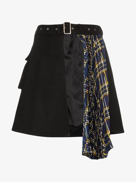 Blindness asymmetric pleated skirt in black