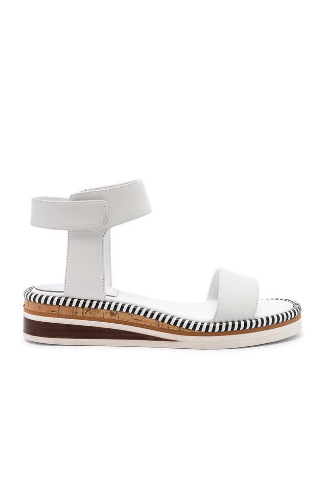 Vince Camuto Moirina Sandal in white