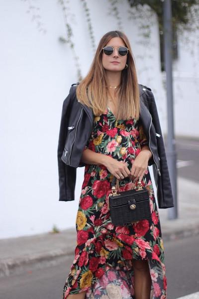 marilyn's closet blog blogger dress jacket shoes jewels bag floral dress leather jacket