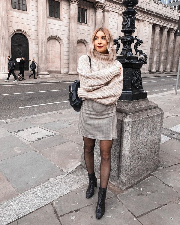 skirt mini skirt plaid ankle boots black boots tights turtleneck sweater backpack