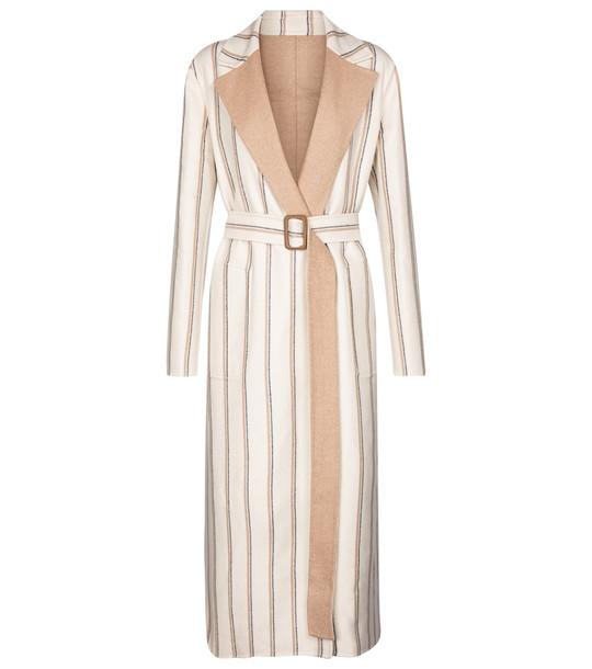 Loro Piana Reversible belted cashmere coat in beige