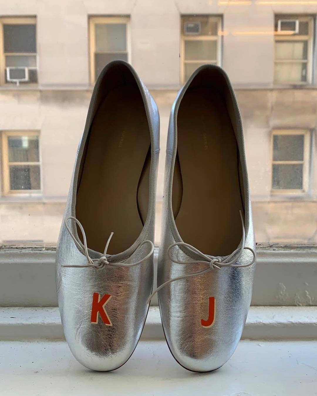 shoes metallic shoes silver ballet flats