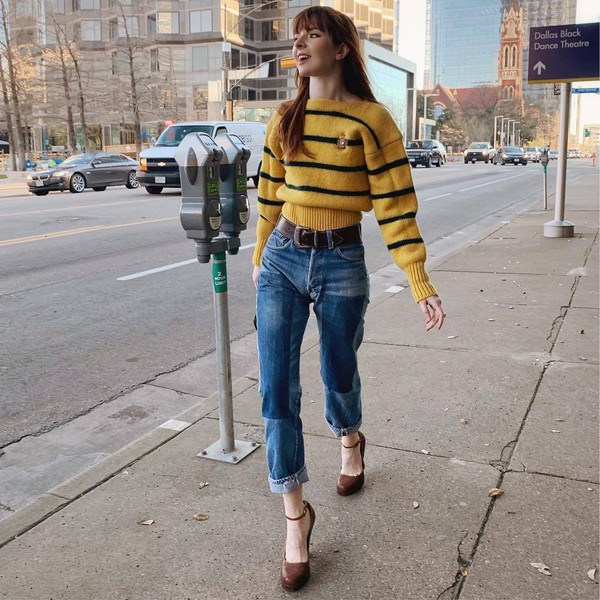 sweater yellow sweater striped sweater pumps straight jeans belt high waisted jeans