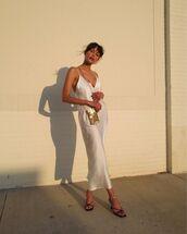 dress,white dress,maxi dress,sleeveless,black sandals,crossbody bag