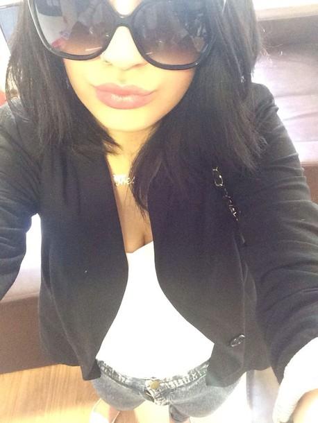 blouse sunglasses jeans shoes jacket