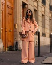 pants,wide-leg pants,pleated,pumps,blazer,oversized,loewe bag