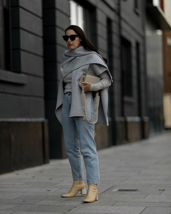 jeans cropped jeans ankle boots poncho sweater bag