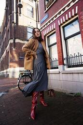 style scrapbook,blogger,skirt,jacket,t-shirt,shoes,bag