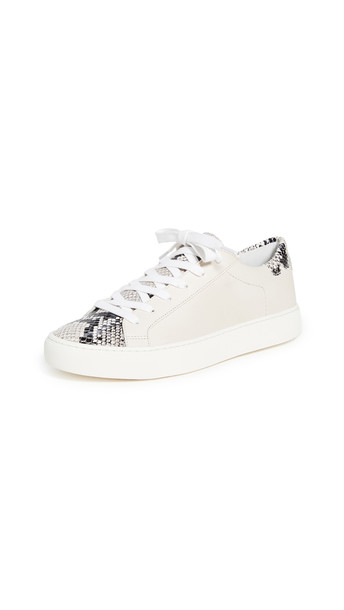 Veronica Beard Bibi Sneakers in natural / white