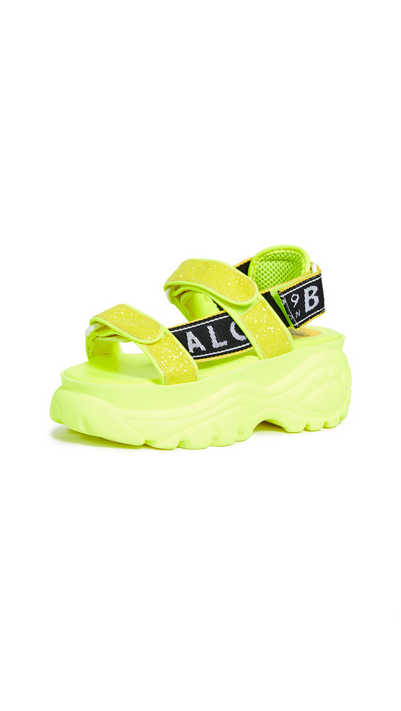 Buffalo London Ella Classic Kicks Sandals in yellow