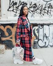 coat,long coat,plaid,double breasted,bershka,white shoes,platform shoes,silver bag,jeans,sweatshirt,fila