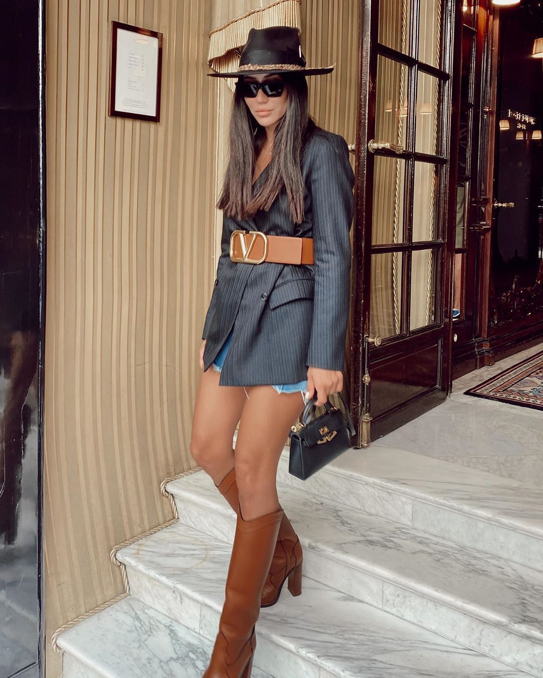 shoes knee high boots brown boots blazer hat bag
