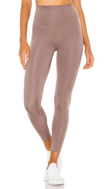 Beyond Yoga Heather Rib Legging in Taupe