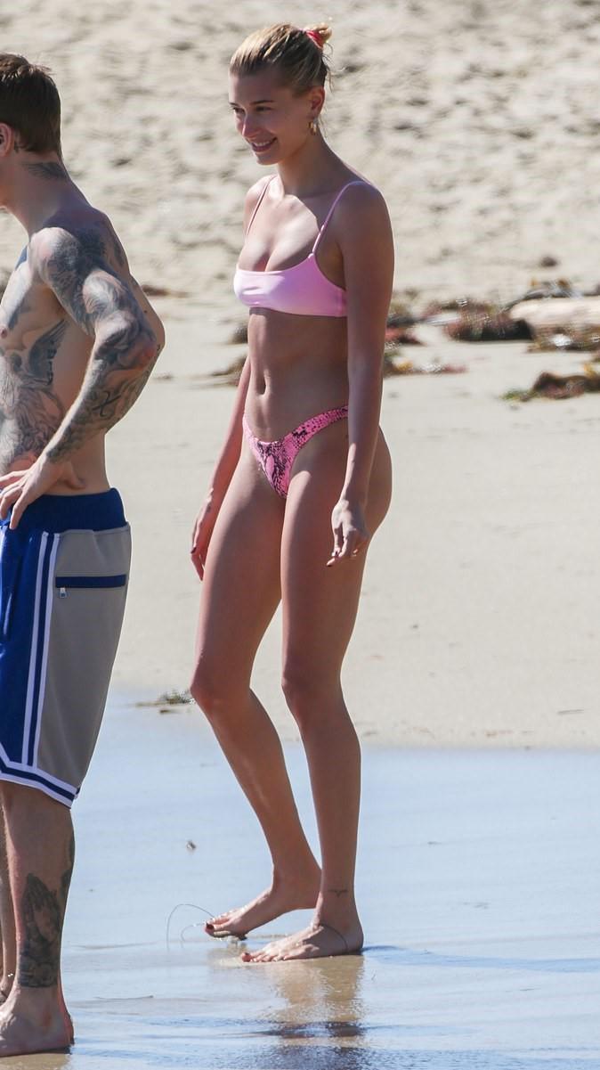 swimwear pink pink swimwear pink bikini bikini top bikini bottoms bikini hailey baldwin model off-duty beach