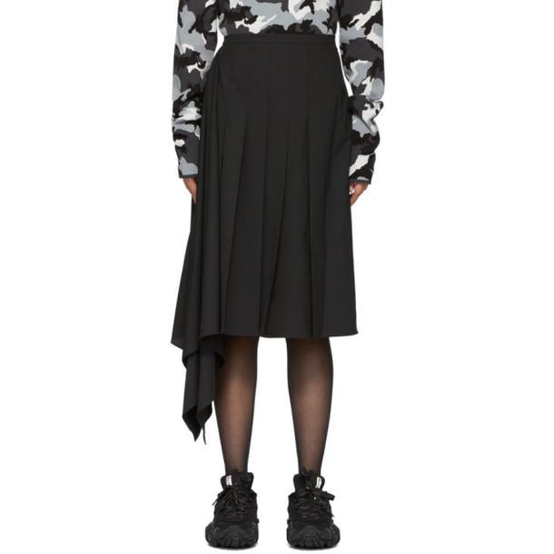 Juun.J Black Asymmetric Pleated Skirt