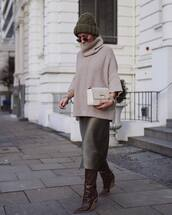 shoes,knee high boots,fendi,midi skirt,knitted sweater,turtleneck sweater,white bag,handbag,beanie