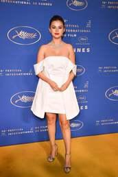 shoes,Silver sandals,selena gomez,celebrity,off the shoulder,off the shoulder dress,white,white dress,cannes