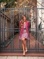 deninamartin,blogger,dress,jacket,shoes,pumps,blazer,spring outfits,floral dress