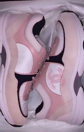 shoes,pink shoes,chanel