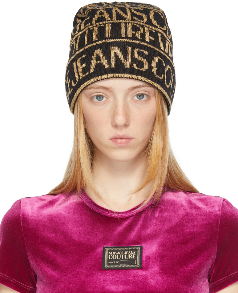 Versace Jeans Couture Black & Gold Logo Beanie in nero