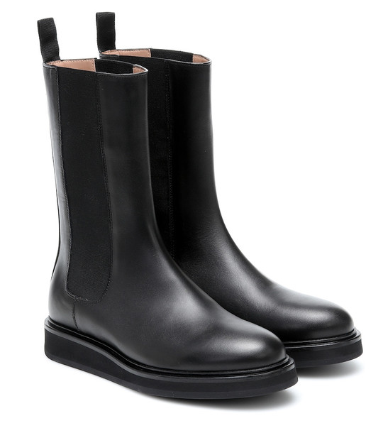 Legres Leather Chelsea boots in black