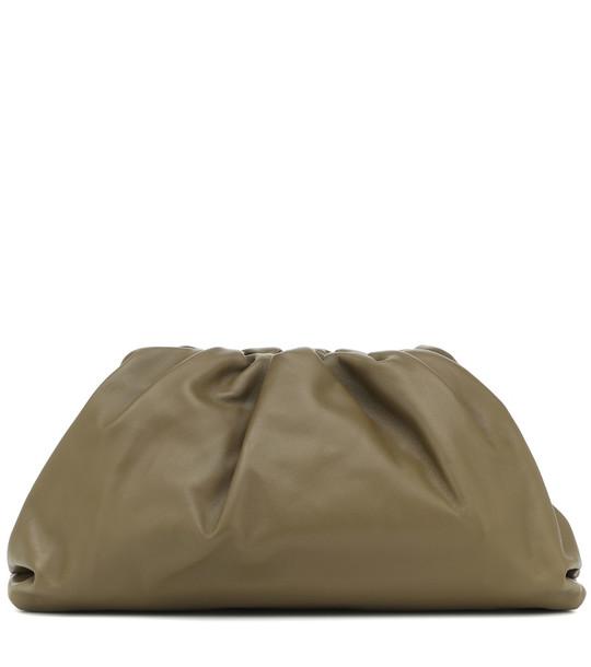 Bottega Veneta The Pouch leather clutch in green