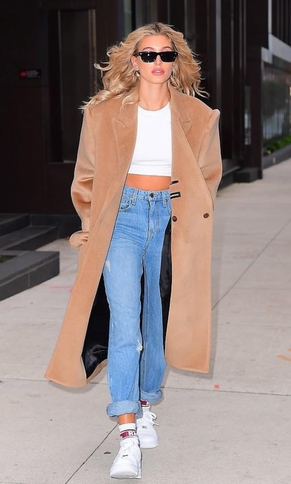 coat camel camel coat hailey baldwin model off-duty fall outfits jeans denim
