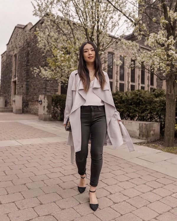 jeans black jeans skinny jeans ballet flats grey coat shoulder bag white top