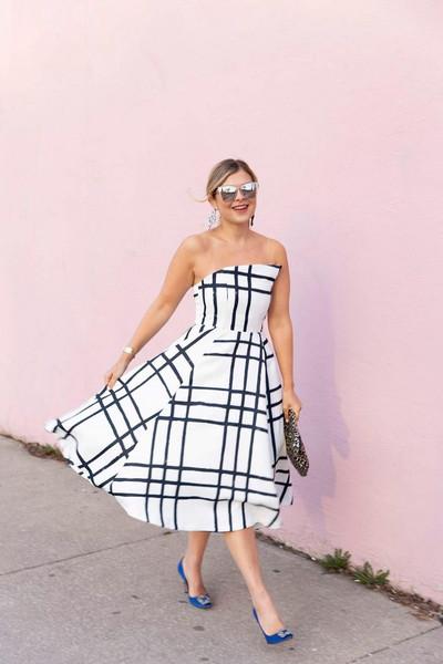 suburban faux-pas blogger dress sunglasses jewels bag shoes