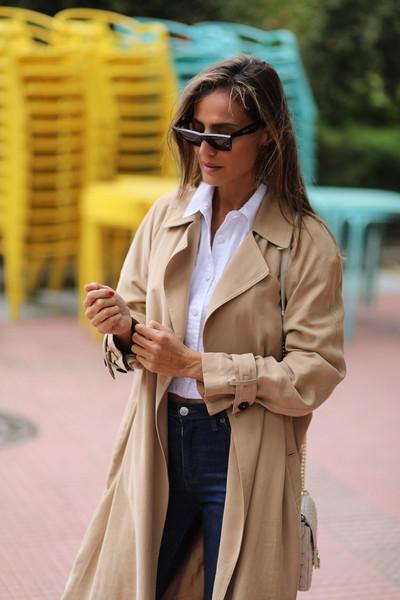 lady addict blogger coat jeans