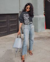 top,sweatshirt,cropped jeans,high waisted jeans,slingbacks,blue bag