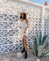 hat,white dress,midi dress,ankle boots,black boots