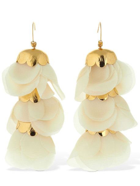 ELISE TSIKIS Delicias With Pendant Flowers Earrings in gold / white