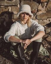 hat,pants