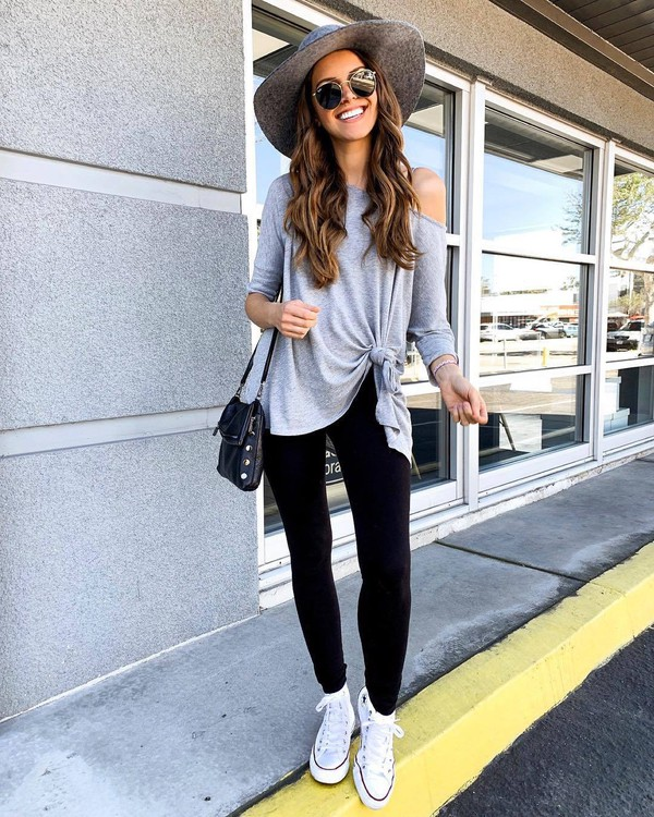pants black leggings white sneakers converse black bag grey sweater hat