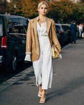 bag,gold,bottega veneta,white pants,white sandals,wide-leg pants,blazer,handbag,high waisted pants,white shirt