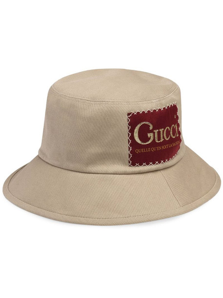 Gucci Label bucket hat in neutrals