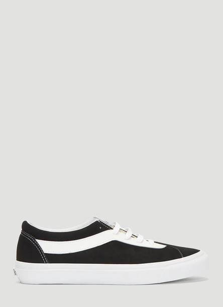 Vans Bold Authentic Lace Up Sneakers in Black size US - 12