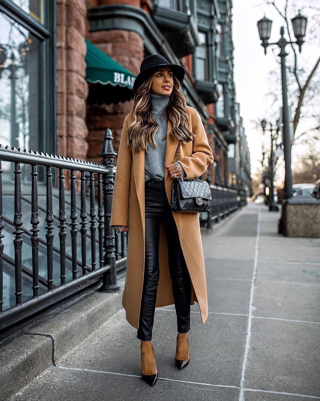 pants black leather pants skinny pants pumps camel coat chanel bag black bag turtleneck sweater felt hat