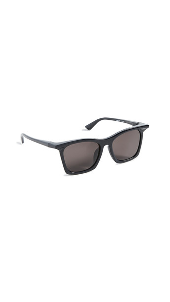 Balenciaga Rim Square Shape Sunglasses in black / grey