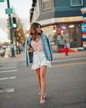 shorts,white shorts,High waisted shorts,ruffle,denim jacket,sandal heels,floral top,handbag